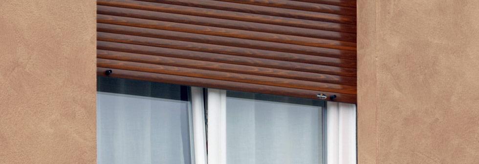 tapparella in alluminio effetto legno
